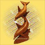 Delfinek fából