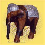 Elefánt faragott hátú