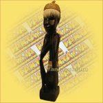 Antik hatású lomboki szobor B