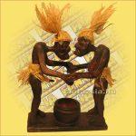Primitív törzsi faragvány/Asmat szexelők hamutartóval B