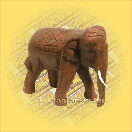 Elefánt faragott hátú/logó ormánnyal nagy