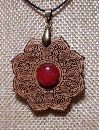 Cseresznyefa Lótusz Medál-Vörös Jáspis Ásvánnyal