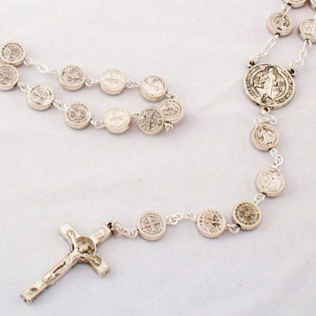 Rózsafüzér-Szent Benedek ezüstözött fém