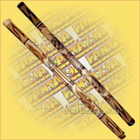 Digeridoo festett és faragott