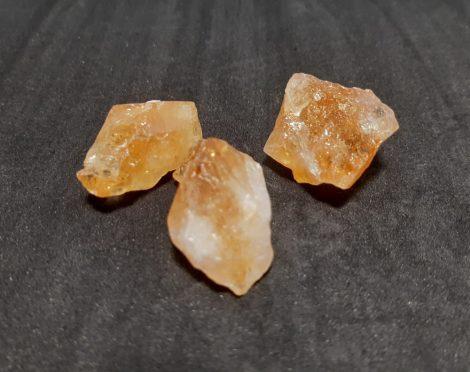 Citrin világosabb nyers ásvány